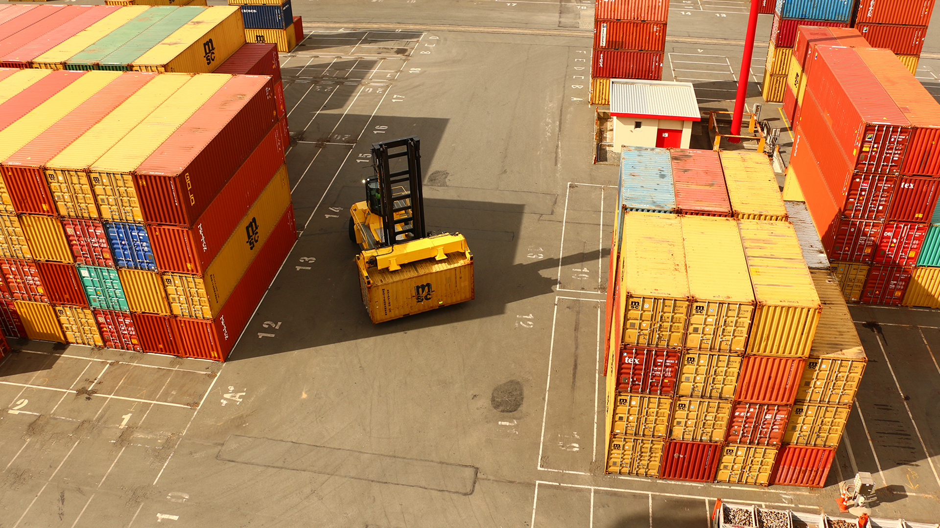 Banner Container Terminal V